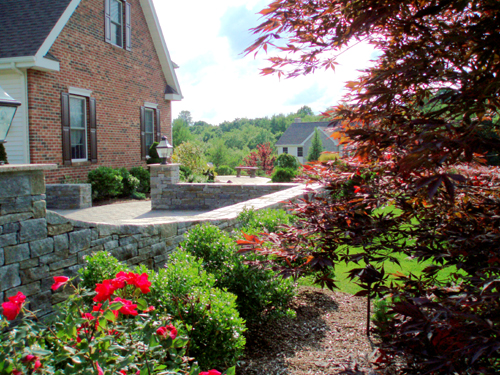 Plants, Mulch, Landscape Design, Landscaper, Nursery, Stone Walkway, Stone Wall, Connecticut, CT